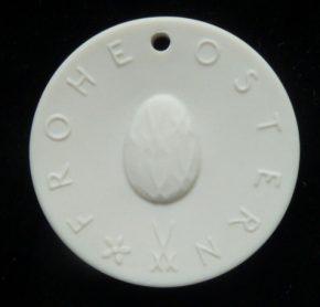 Meissen Porzellan Medaillon Osterküken, Ihre Genuss-Agentur